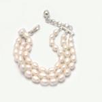 Pulsera triple perlas de rio blancas - joyas en plata peruana