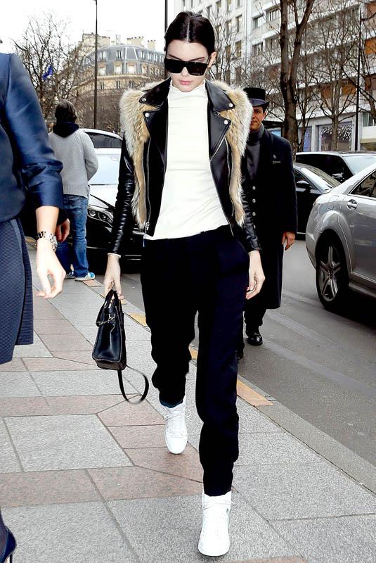Kendall Jenner - Street Style