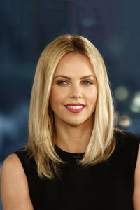 Charlize Theron - Long Bob