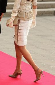 Falda Pencil - SÍ. con zapatos bajos
