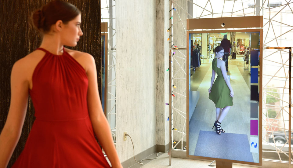 Virtual fitting rooms, the future…Today!!